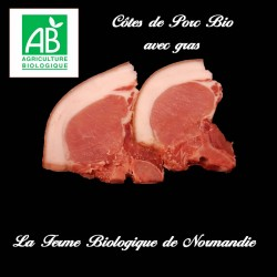 Délicieuses cotes de porc bio avec gras